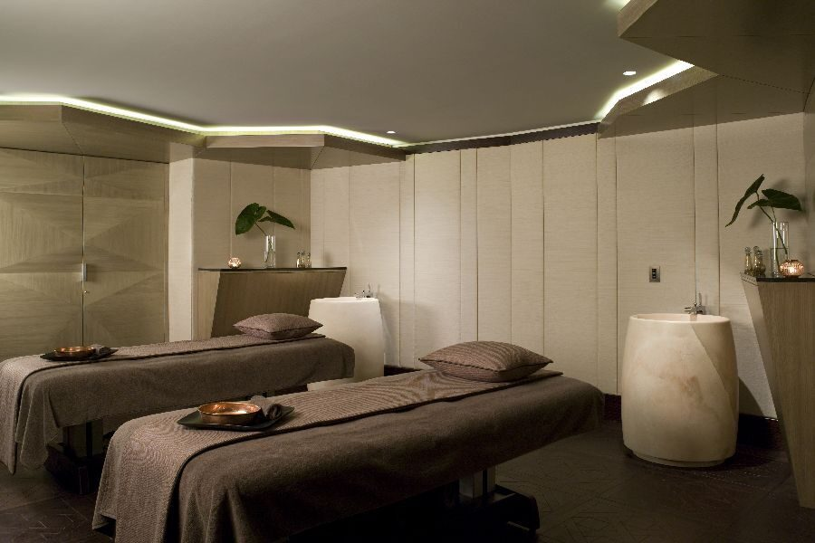 VIP-treatment-Suite-design-by-Hirsch-Bedner-Associates